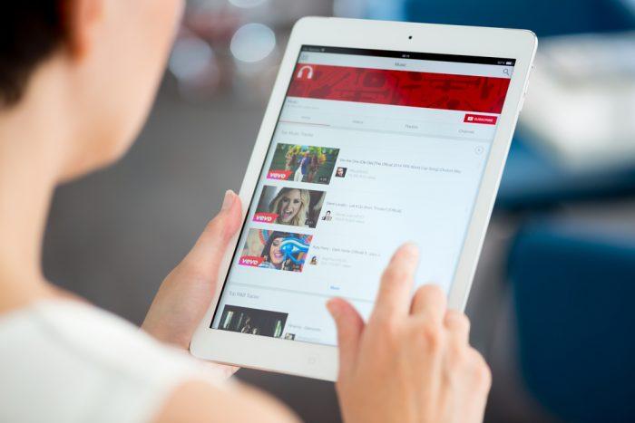 Como divulgar o canal do YouTube? 15 Dicas para crescer inscritos