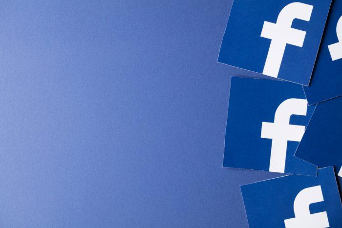 Facebook Text Overlay: o que é e como usar