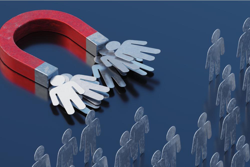 Como usar o Marketing Reverso para atrair clientes